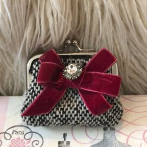 Handbags - Tweed coin purse with bow and large rhinestone.